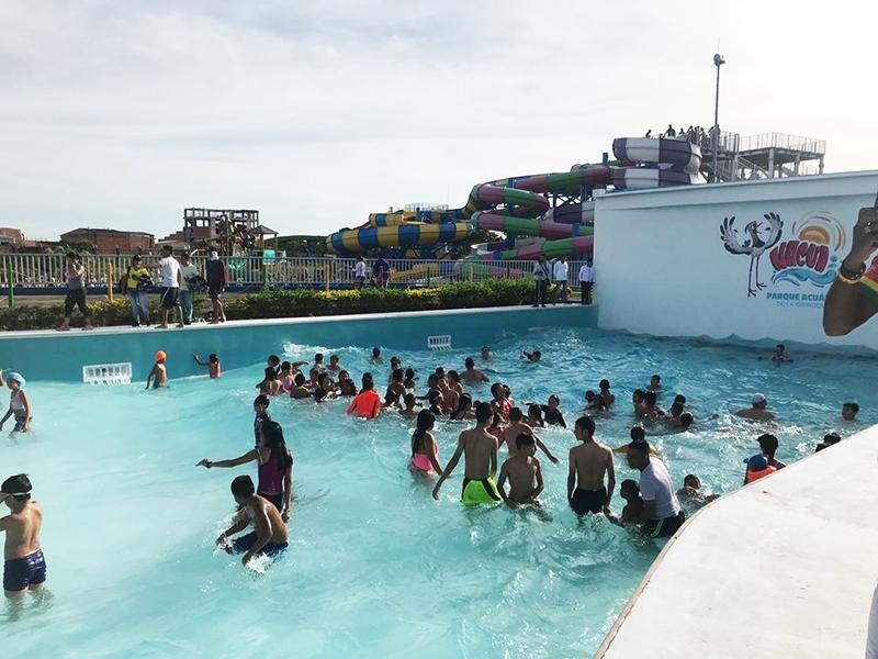 piscina-de-olas1